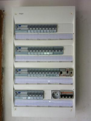 Remise aux normes lectriques habitation muret c dric bordes - Tableau electrique aux normes ...