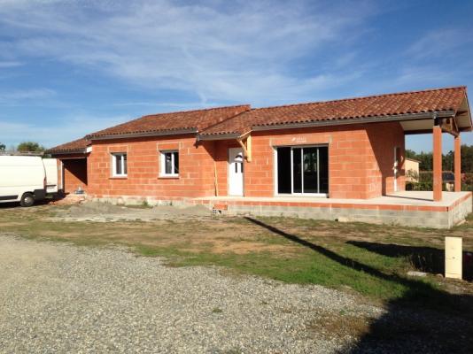 Installation lectrique maison neuve saint clar de rivi re for Cout installation electrique maison neuve